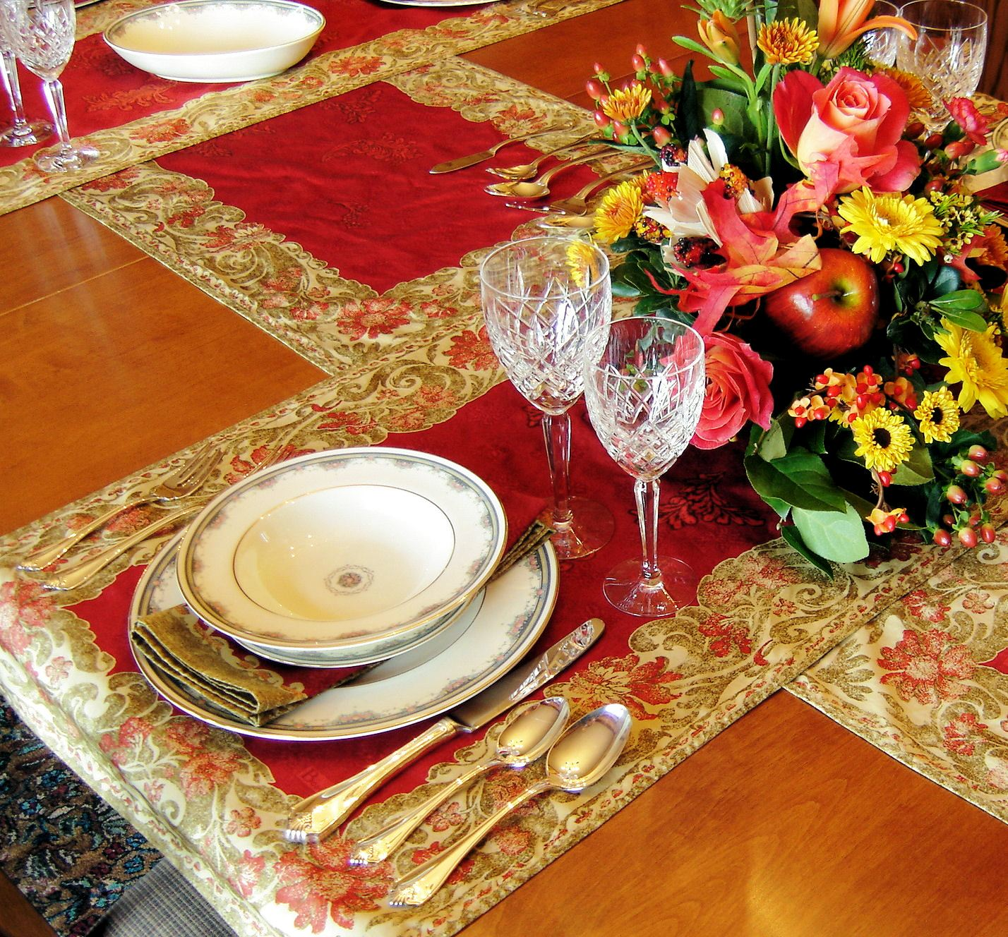 Photo of fine French Table scaping
